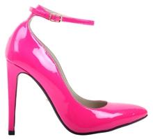 office_pink_shoes