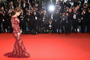MAIN-Cheryl-Cole-in-red-dress-at-Cannes